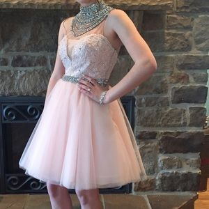 size 2/3 sherri hill hoco dress